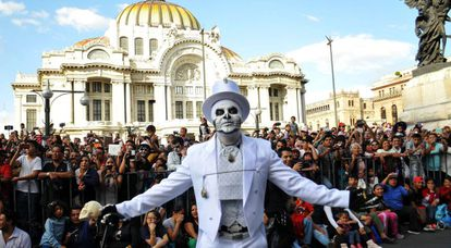 Some 250,000 people attended the first-ever Day of the Dead parade in Mexico City.