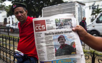 Front page of a newspaper today, nearby the funeral chapel at the National Assembly in Caracas.