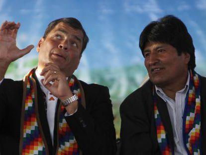 Correa of Ecuador (l) and Morales of Bolivia in Tiquipaya, Bolivia.
