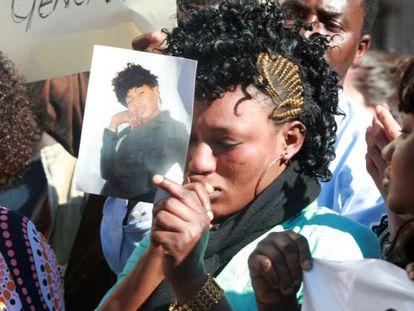 A woman attends a memorial to murdered Bilbao prostitute Mauren Ada Ortuya.