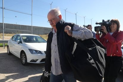 Rodrigo Rato entering Soto del Real prison in October 2018.
