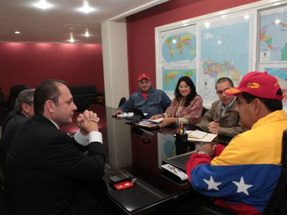 Maduro meeting with Globovisión shareholders who have investment interests in Miami.
