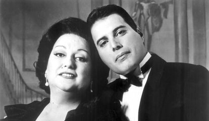 Monserrat Caballé and Freddie Mercury in 1989.