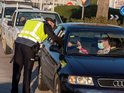 Police checkpoint in Manacor in Mallorca, after the Balearic Island's introduced a perimetral lockdown of the municipality.