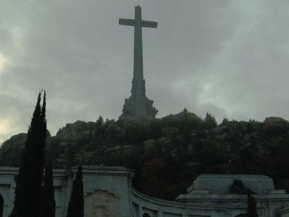 The giant cross at the Valley of the Fallen.