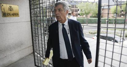 Ángel María Villar arrives in court in Madrid on July 6.