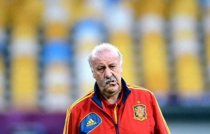 Vicente Del Bosque Vicente Del Bosque Steps Down As Coach Of Spanish National Soccer Side Spain El Pais In English