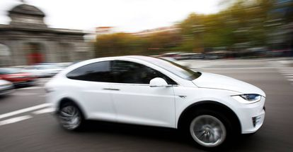 A Tesla Model X out and about in central Madrid.