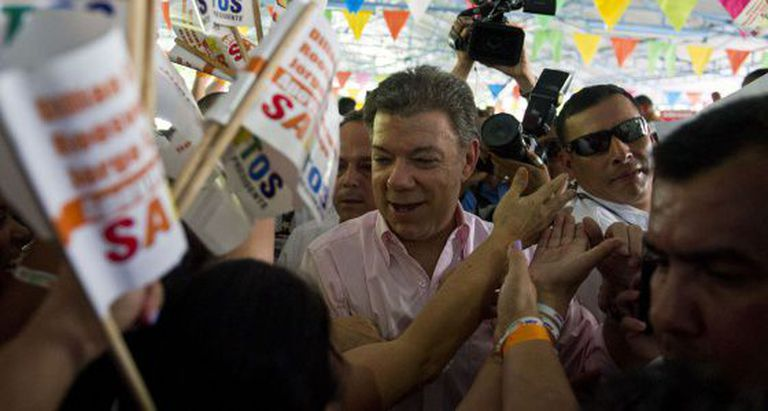 Santos at a campaign event in Cali.