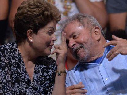 Dilma Rousseff and Lula da Silva at a campaign event.