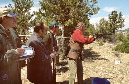 King Juan Carlos shooting in Soria province in 2001.