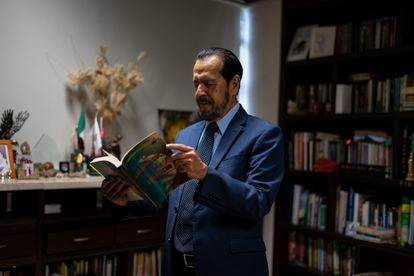 Rogelio Ortega in his office in Acapulco (Guerrero), on May 6.