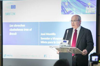 José Montilla, senator with Spain's Socialist Party, addresses the Eurocitizens roundtable.