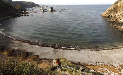 View of the Silencio beach in Cudillero (Asturias).