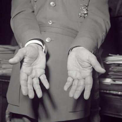 Franco's hands, photographed for a handwriting study in March 1954.
