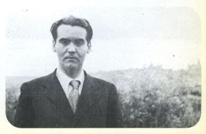 Federico García Lorca in a picture taken by French writer Marcelle Auclair.