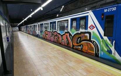 A vandalized train in the Madrid Metro system.