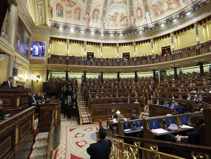 """Spain's politicians would do well to learn the meaning of """"compromise."""""""
