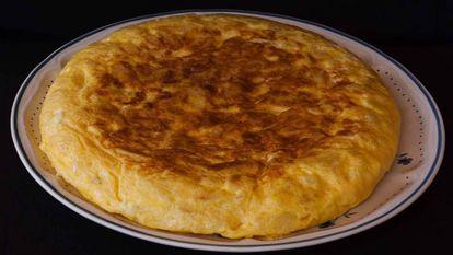 A Spanish potato omelet or 'tortilla de patatas.'
