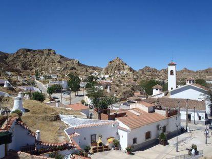 Meet the modern-day Flintstones: A view over Guadix's cave quarter