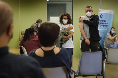 Mass vaccination of the over-50s in Terrassa (Barcelona).