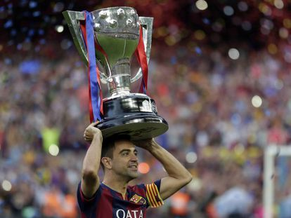 Xavi celebrates the last Liga title he won with Barça, in 2015.