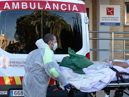 A patient arrives at La Fe hospital in Valencia at the beginning of February.