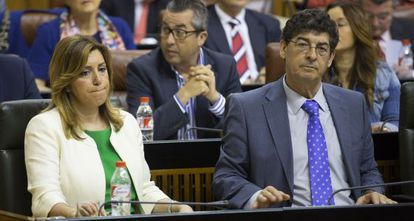 Susana Díaz and deputy premier Diego Valderas (IU) this week in the Andalusian parliament.