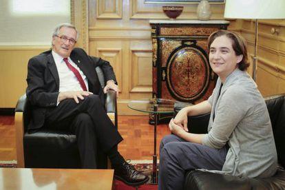 Outgoing mayor Xavier Trias and Ada Colau meet at Barcelona City Hall on Thursday.