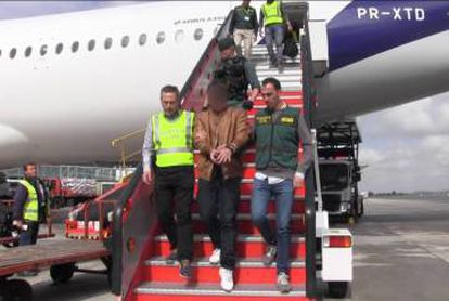 The suspect upon his arrival in Spain.