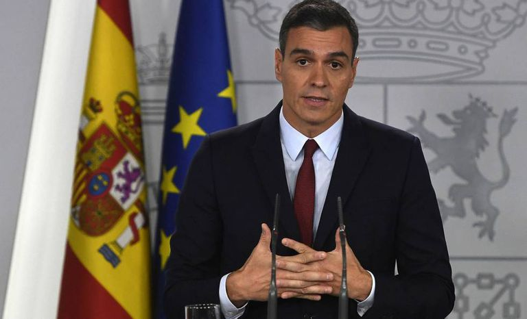 Pedro Sánchez speaks to the press on Thursday after the exhumation of Franco.