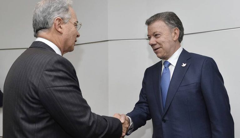 Uribe and Santos at their Wednesday meeting.