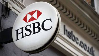 HSBC said it will transfer 20% of its London workforce to Paris because of its incentives.