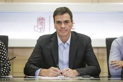 PSOE Secretary General Pedro Sánchez is further eroded by the results of regional elections on Sunday.
