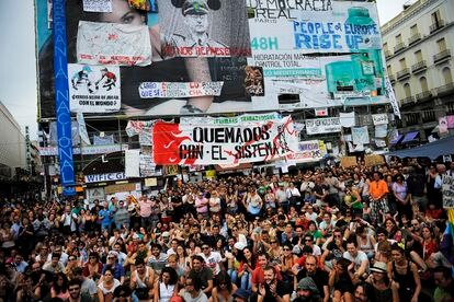 An assembly at Puerta del Sol, a week after 15-M kicked off.