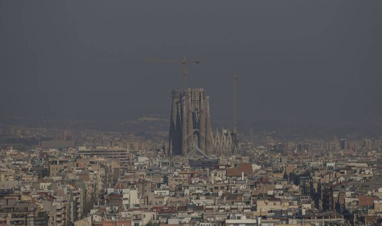 Air pollution in Barcelona in January, before the coronavirus pandemic.
