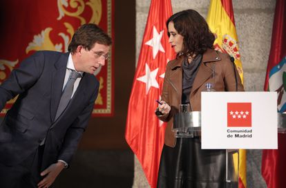 Madrid mayor José Luis Martínez-Almeida and Madrid premier Isabel Díaz Ayuso at a press conference on Tuesday.
