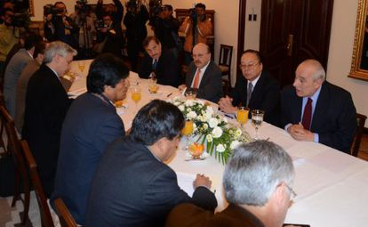 Former foreign ministers of Bolivia meet with President Evo Morales on Monday.