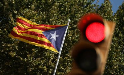 A pro-independence flag on a Barcelona street.