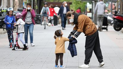 Since April 26, children under the age of 14 have been allowed to go outside for a one-hour walk.