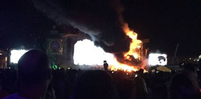 Photo of the fire at the Tomorrowland Festival in Barcelona.