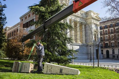 The monument to the provisional second lieutenants taken down on Monday.