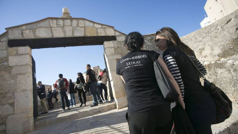 Extras for 'Game of Thrones' in Peñíscola on Monday.