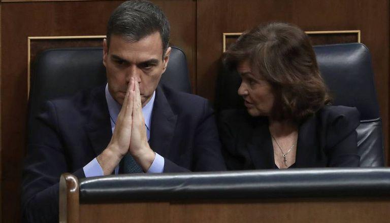 PM Sánchez and Deputy PM Carmen Calvo in Congress.