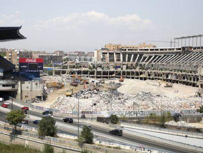 The demolition work at the Vicente Calderón.