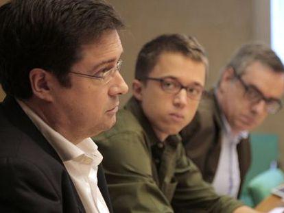 A meeting of the representatives of the PSOE, Podemos and Ciudadanos ahead of the electoral debate at EL PAÍS.