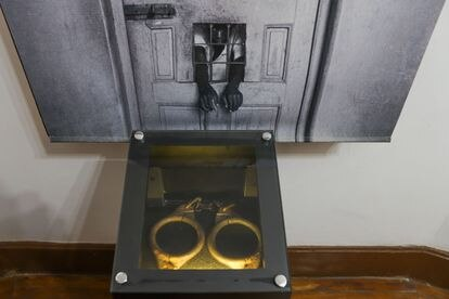 Handcuffs that were used on interns, most of whom did not have any mental illness.