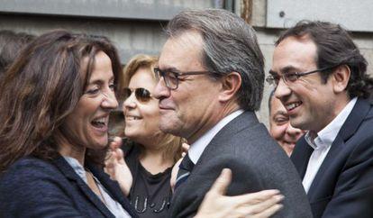 Catalan premier Artur Mas with fellow Convergència members on Sunday.