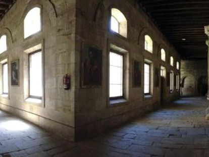 The current cloister in Salamanca cathedral.