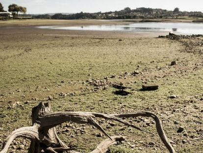 The Abegondo-Cecebre reservoir in A Coruña is at an all-time low.